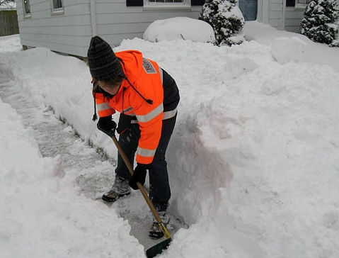 CENTRAL CITY SLAMMED:   By new sidewalk snowplow rules