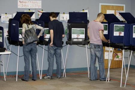 TO GO WITH AFP STORY: US-vote-balloting
